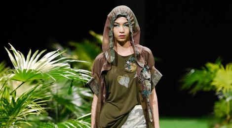 Bo suu tap khac biet nhat tai Vietnam Fashion Week hinh anh