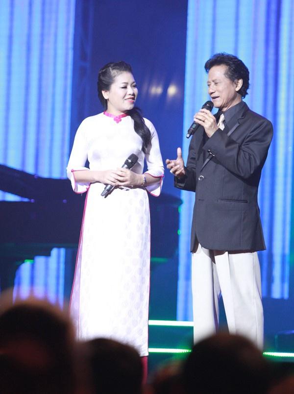 Anh Tho nguong mo Che Linh hon 70 tuoi van hat live tot hinh anh 1