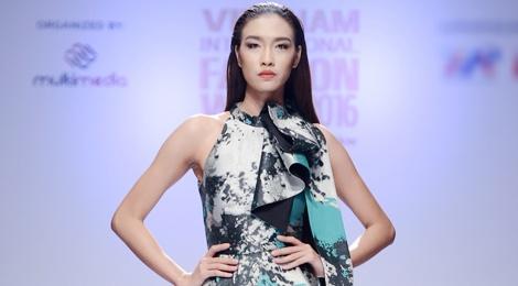 Dan mau Next Top Model kieu sa tren san dien Ha Noi hinh anh