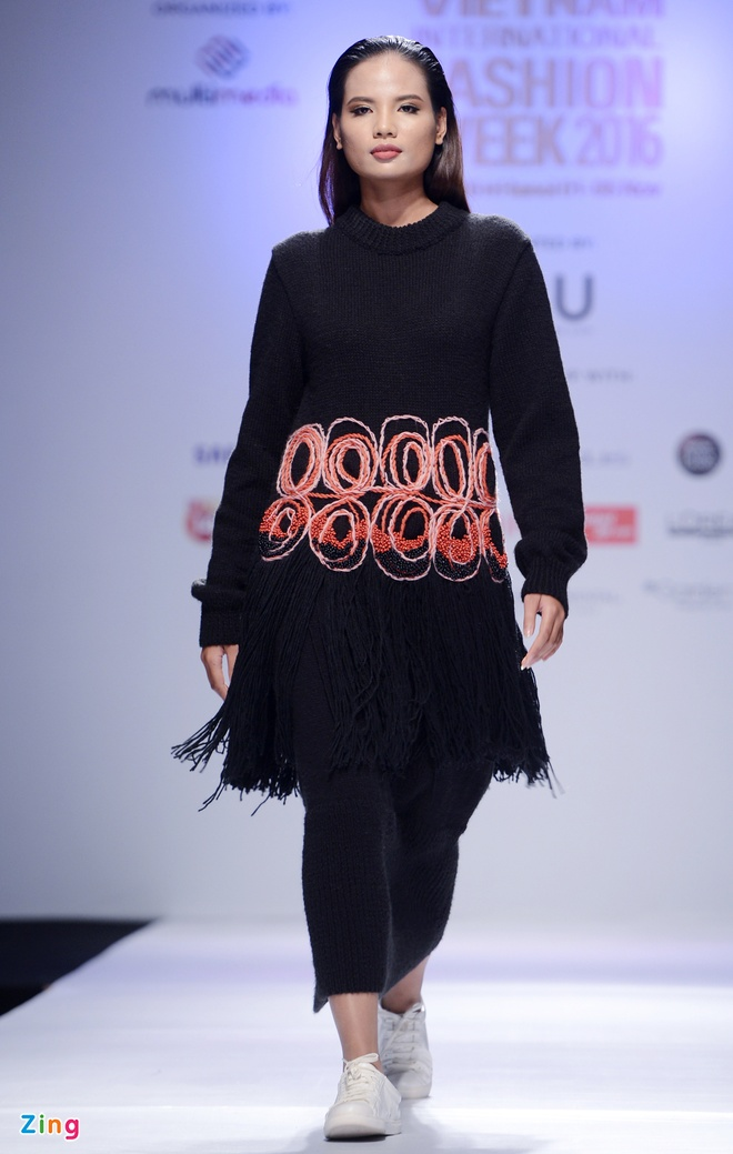 Vietnam International Fashion Week thu dong anh 5