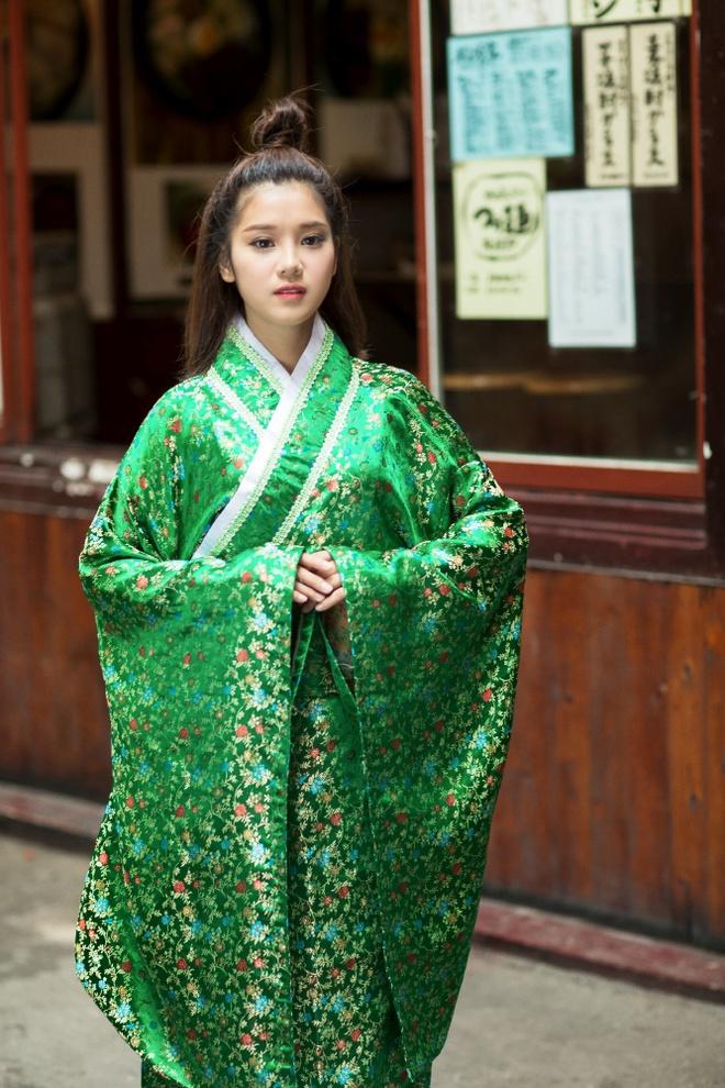 Hoang Yen Chibi mac kimono anh 4