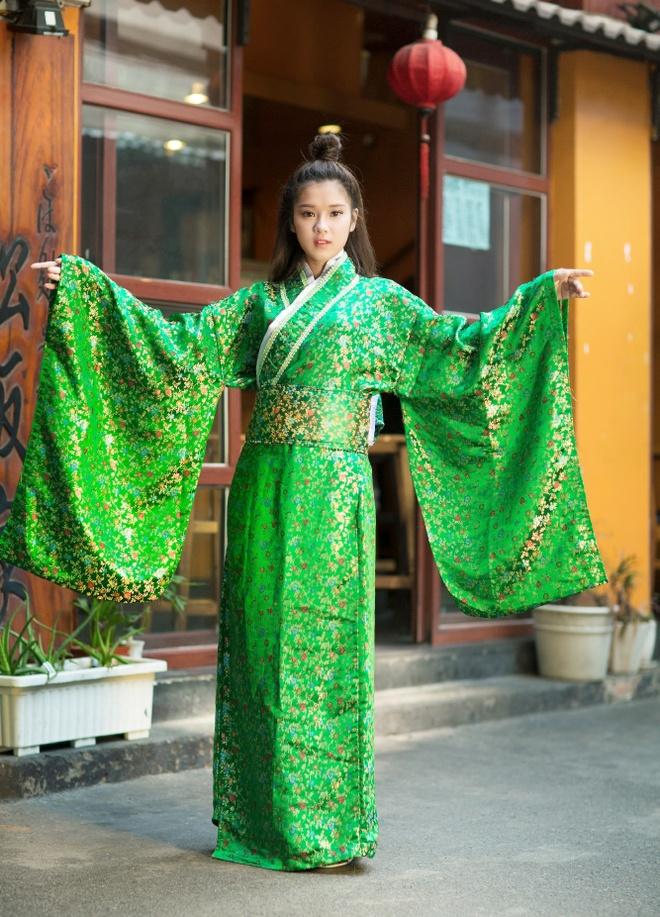 Hoang Yen Chibi mac kimono anh 6