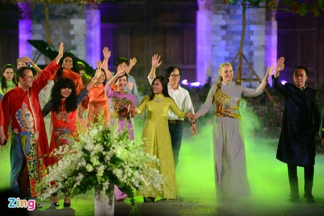 Festival Ao dai Ha Noi 2016 anh 20