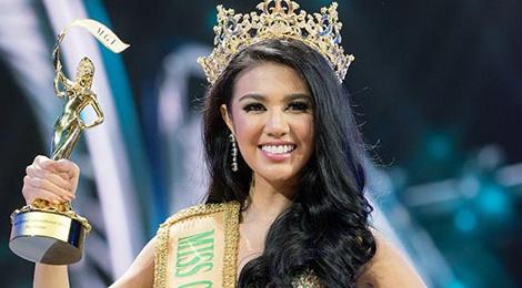 Nguoi dep Indonesia dang quang Hoa hau Hoa binh Quoc te hinh anh