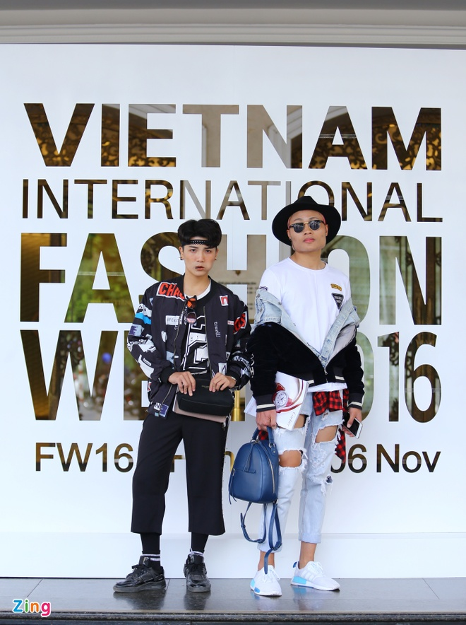 Street style thu dong doi lap cua gioi tre Viet hinh anh 10