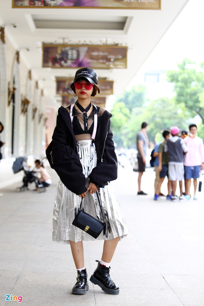 Street style thu dong doi lap cua gioi tre Viet hinh anh 4