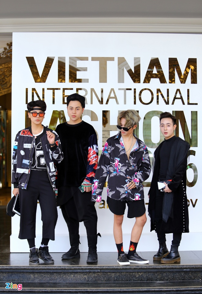Street style thu dong doi lap cua gioi tre Viet hinh anh 8