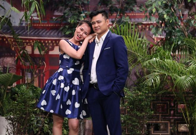 Tran Thanh hon Hua Vi Van tren san khau On gioi hinh anh 2