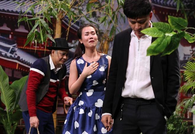 Tran Thanh hon Hua Vi Van tren san khau On gioi hinh anh 5