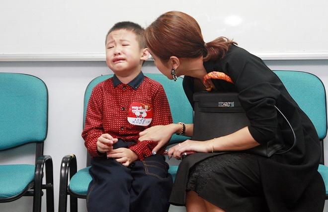 Con trai MC Thanh Van oa khoc khi di casting hinh anh 1