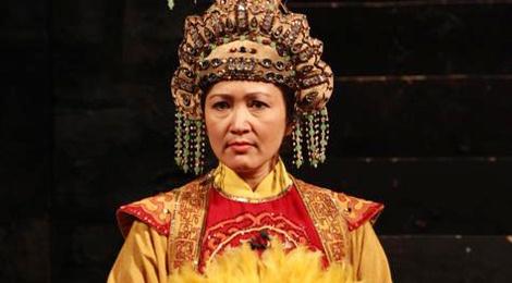 Phan ung khong ngo cua khan gia khi Minh Hoa dong vai ac hinh anh