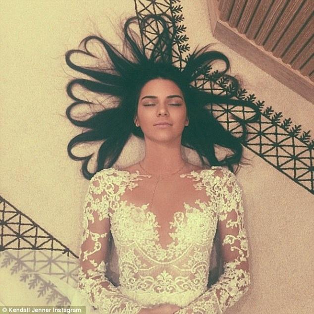 Kendall Jenner xoa tai khoan ca nhan voi hon 60 trieu fan? hinh anh 2