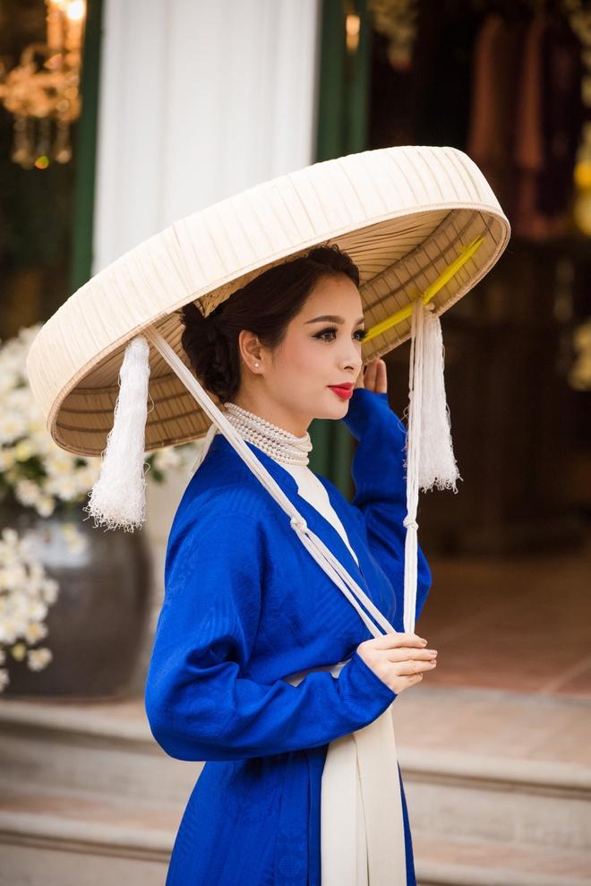 A hau Tu Anh ao dai anh 6