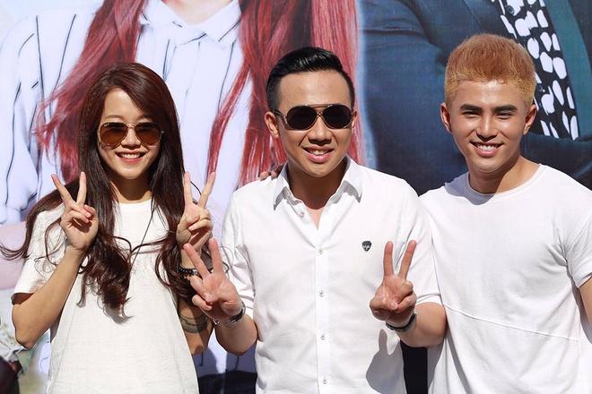 Tran Thanh, An Nguy nhay flashmob tren pho Sai Gon hinh anh 1