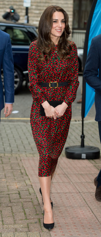 Cong nuong Kate Middleton, Rihanna mac dep nhat tuan hinh anh 2