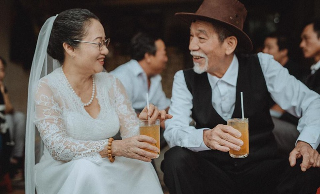 Anh cuoi nghe si Mai Ngoc Can anh 1