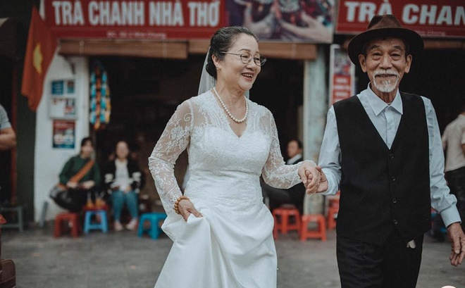 Anh cuoi nghe si Mai Ngoc Can anh 2