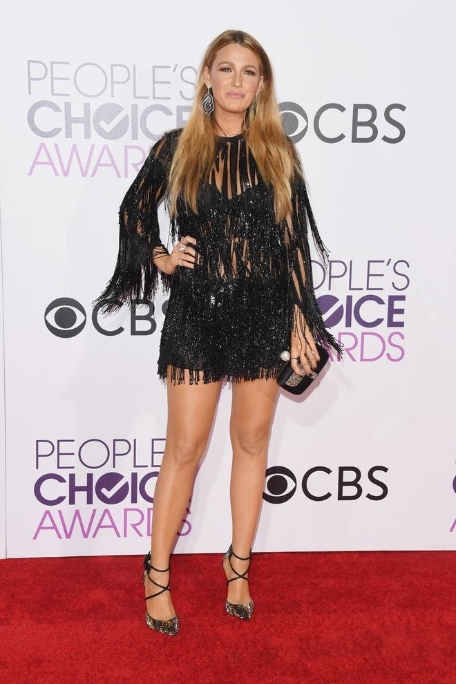 Jennifer Lopez mac dep nhat tham do People's Choice Awards hinh anh 3