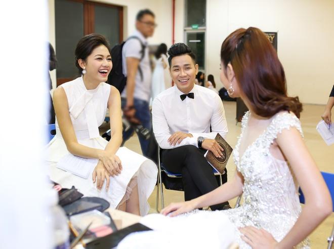Nguyen Khang bi 'dim' chieu cao khi dung canh a hau Thanh Tu hinh anh 3