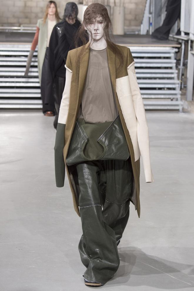 Mot tay ao dai quet dat len ngoi tai Paris Fashion Week hinh anh 11