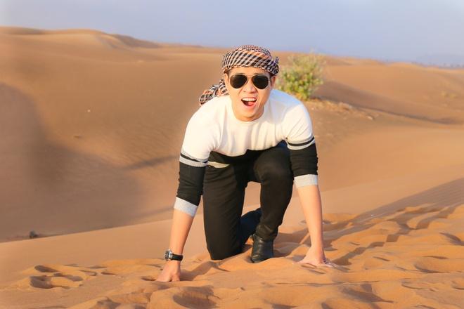 Trai nghiem don nam moi o Dubai cua Nguyen Khang hinh anh
