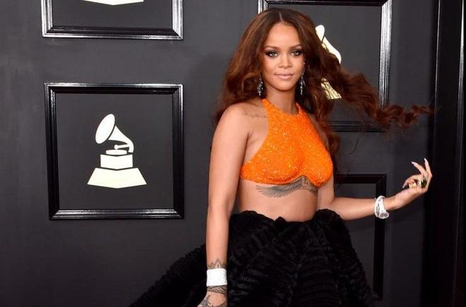 Adele, Rihanna dan dau nhom sao dep o Grammy 2017 hinh anh