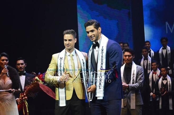 Dai dien Viet Nam lot vao top 6 Mister International 2017 hinh anh 1