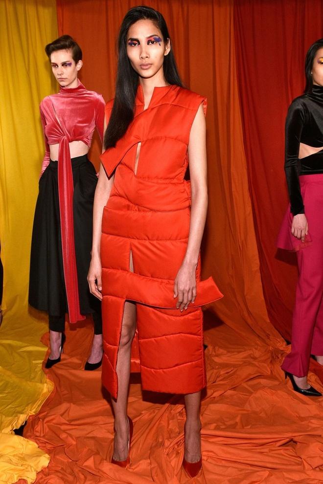 Hai nguoi mau Viet toa sang o ngay dau London Fashion Week hinh anh 4