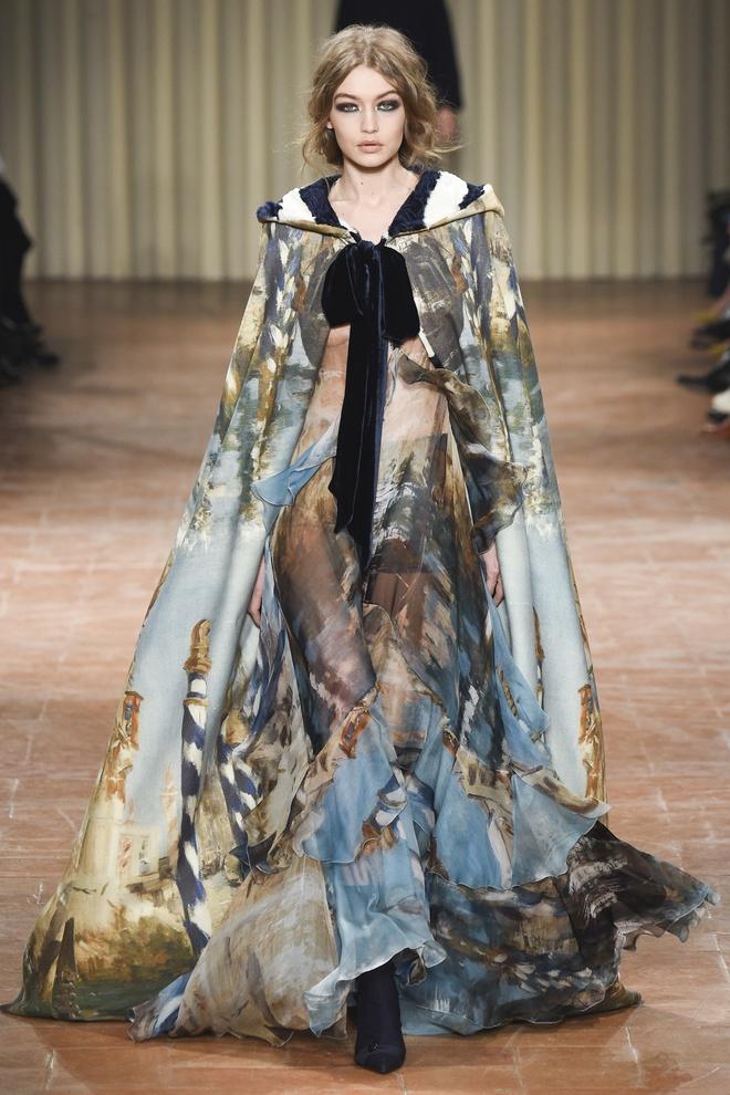 Chi em sieu mau 9X Gigi Hadid do bo Milan Fashion Week hinh anh 1