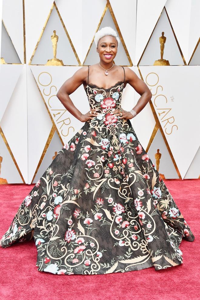 Nhung tham hoa thoi trang tai Oscar 2017 hinh anh 3
