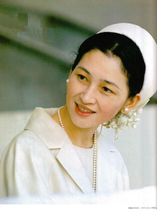Hoang hau Nhat Ban Michiko anh 13