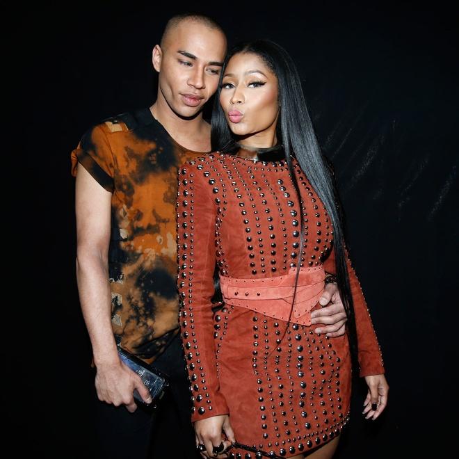 Nicki Minaj mac phan cam nhat tuan le thoi trang Paris hinh anh 3