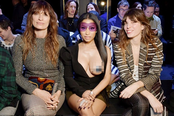Nicki Minaj mac phan cam nhat tuan le thoi trang Paris hinh anh