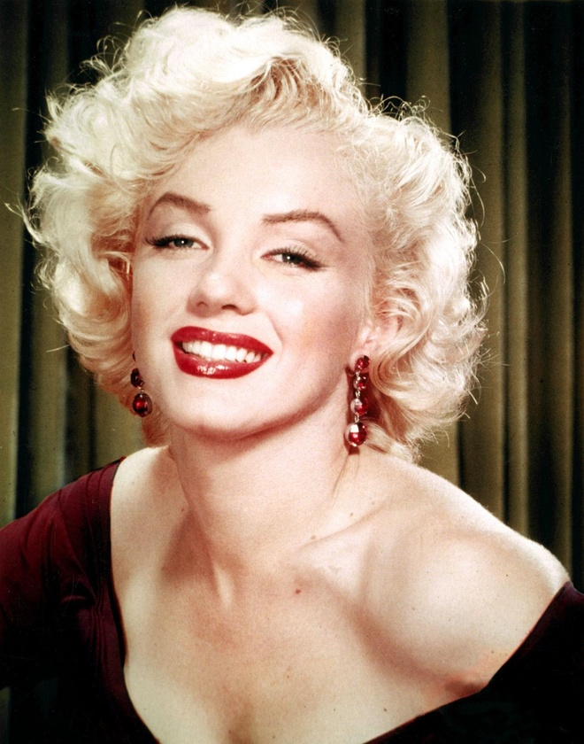 Marilyn Monroe bi xam hai tinh duc anh 2