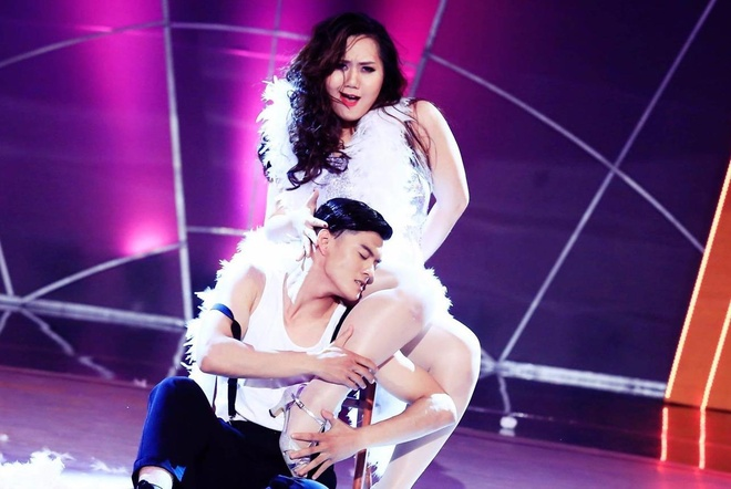 Dien vien nang 72 kg dang ky thi Vietnam's Next Top Model hinh anh