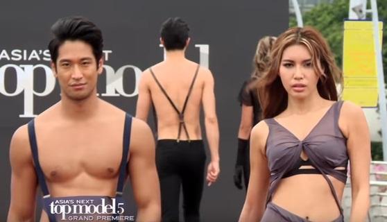 Minh Tu kiet suc, ngat xiu o tap dau Asia's Next Top Model hinh anh