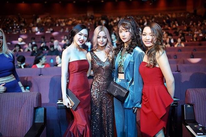 Sao Viet do dang hot girl Lily Maymac o Malaysia hinh anh 1