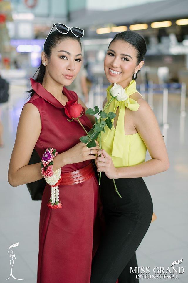Dan nguoi dep Miss Grand International chup anh ao dai tai Viet Nam hinh anh 9