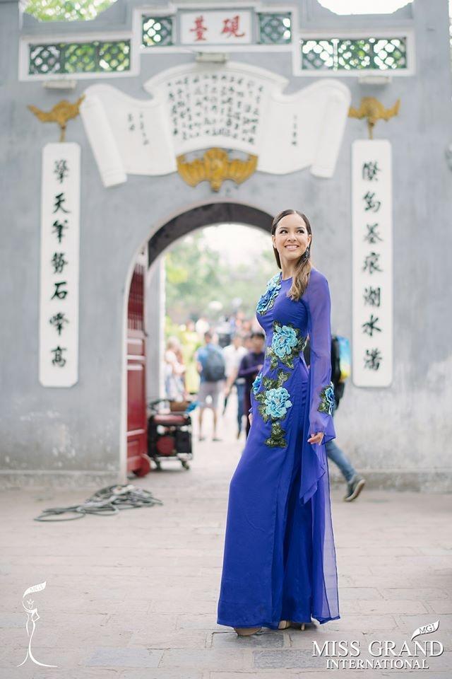 Dan nguoi dep Miss Grand International chup anh ao dai tai Viet Nam hinh anh 7