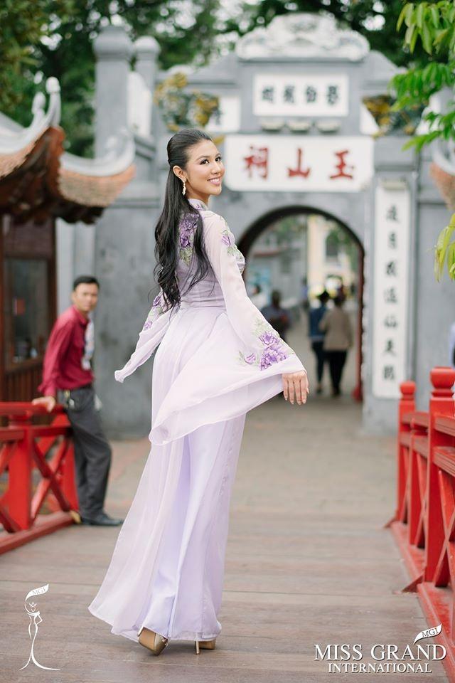 Dan nguoi dep Miss Grand International chup anh ao dai tai Viet Nam hinh anh 3