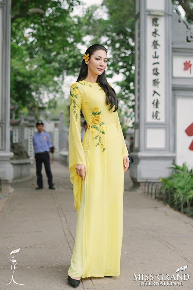 Dan nguoi dep Miss Grand International chup anh ao dai tai Viet Nam hinh anh 5