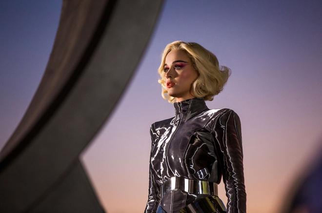 Katy Perry khong la 'nu hoang bi kich' nhu Taylor Swift hinh anh