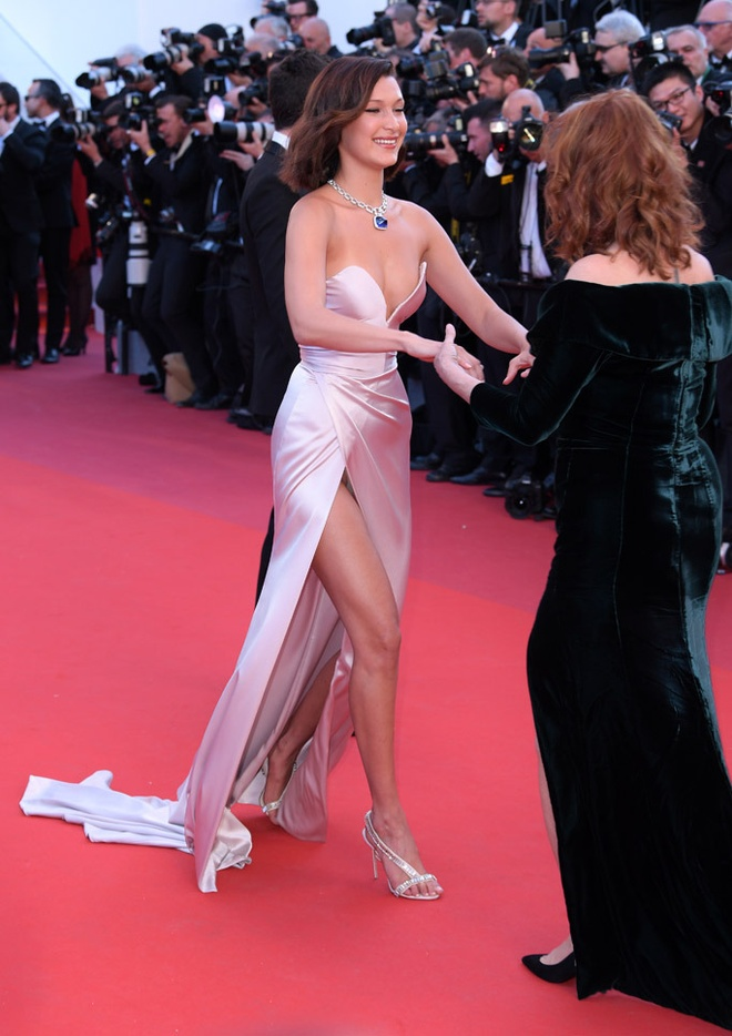 Bella Hadid Cannes anh 2