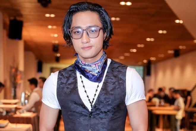 Host chuong trinh The Face bi che mac qua xau hinh anh