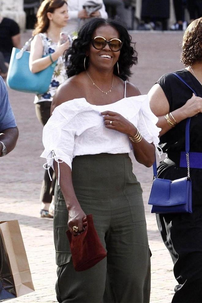 Ba Michelle Obama duoc khen mac dep khi du lich Italy hinh anh 2