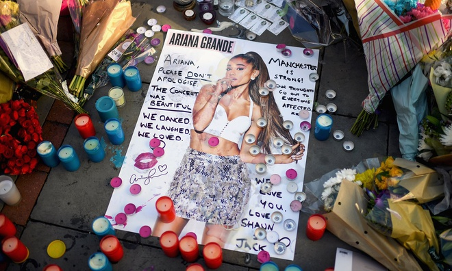 Ariana Grande se quay lai noi bi danh bom de bieu dien hinh anh 1