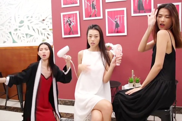 Vi sao Vietnam's Next Top Model phan chia team sang va team ao? hinh anh