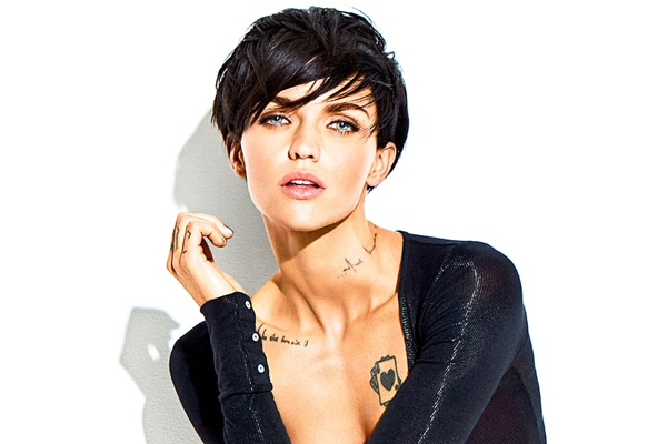 Ruby Rose: Ve dep ket hop giua Angelina Jolie va Justin Bieber hinh anh