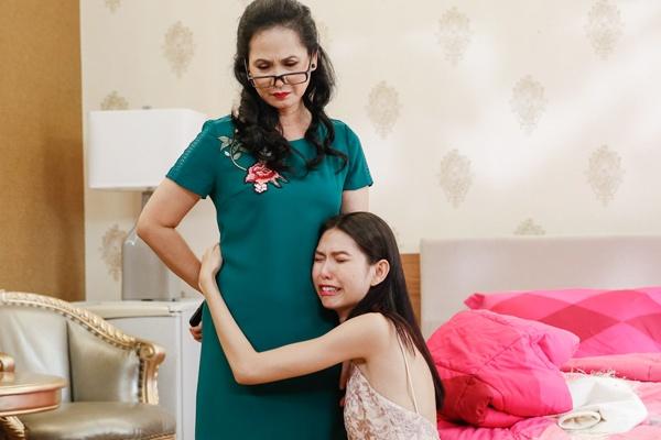 'Me chong quai ac' Lan Huong nao loan nha chung Next Top Model hinh anh
