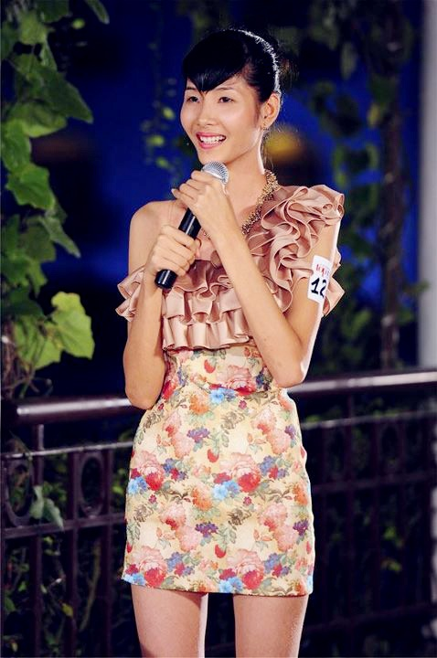 Hoang Thuy 'lot xac' tu Next Top Model den Hoa hau Hoan vu Viet Nam hinh anh 1